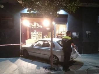 L'incident es va registrar dilluns a les vuit del vespre, al carrer Miguel de Cervantes de Palamós Foto:ALBERT VILAR MASSÓ