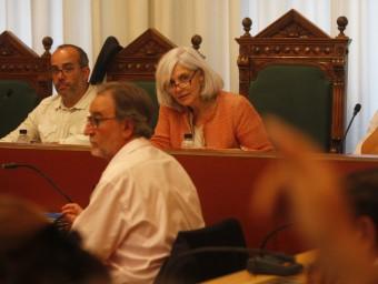 Representants de l'equip de govern al darrer ple municipal, on es va aprovar convocar dues places directives Foto:O. DURAN