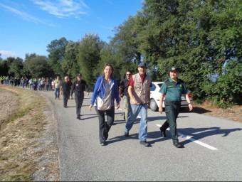 Els participants a la marxa en el momento de la sortida Foto:TURA SOLER