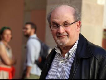 Salman Rushdie, ahir al CCCB de Barcelona, on va participar en un debat amb Rodrigo Fresán Foto:J. RAMOS