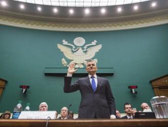 Michael Horn, president de Volkswagen als EUA, ahir en la seva declaració davant el Congrés Foto:JIM LO SCALZO / EFE