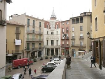 El casc antic de Berga amb l'Ajuntament al fons Foto:ARXIU