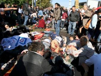 Nombrosos ferits davant l'estació central de trens Foto:REUTERS