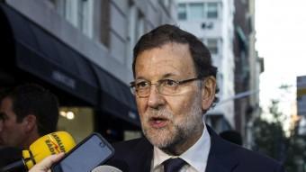 Mariano Rajoy atén la premsa a la seva arribada a Nova York Foto:EFE