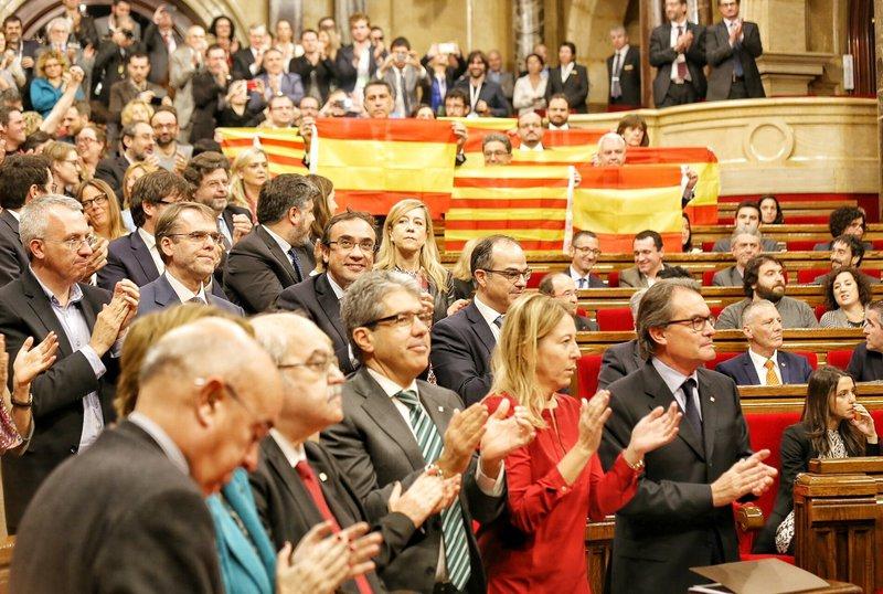 Los procedimientos de impugnación constitucional y los últimos acontecimientos en Cataluña