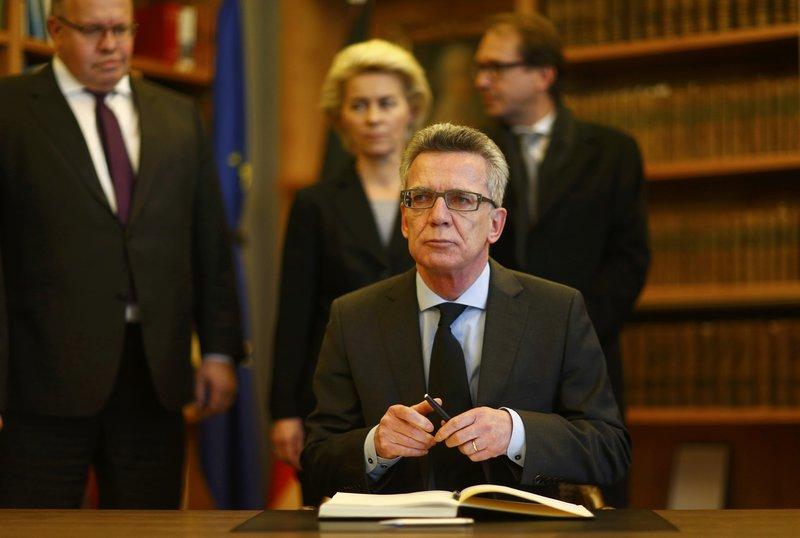 14 nov 2015 alemanya investiga el possible vincle amb for Ministre interior