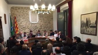 El saló de plens de Bescanó, ahir, durant la sessió Foto:J.N