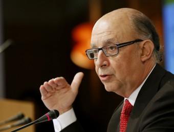 Cristóbal Montoro, durant la roda de premsa que va oferir ahir a Madrid Foto:SERGIO BARRENECHEA / EFE