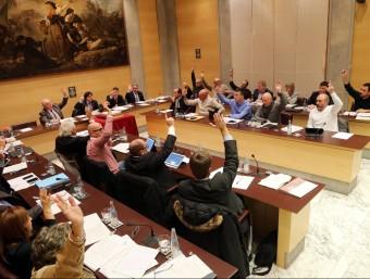 Votació de la moció de suport de la declaración de ruptura del Parlament Foto:quim puig