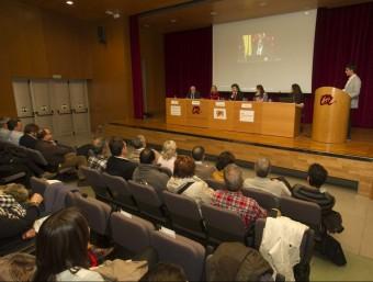 Presentació del web, ahir a la tarda, al campus Catalunya de la Universitat Rovira i Virgili Foto:JOSÉ CARLOS LEÓN