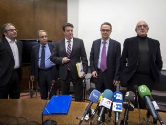 El secretari de comunicació, Roures i els liquidadors de RTVV. Foto:AGÈNCIES