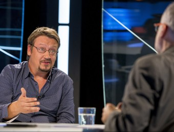 Domènech , cap de llista d'En Comú Podem, durant l'entrevista que li feia ahir el director d'El Punt Avui, Xevi Xirgo. Foto:A. SALAMÉ
