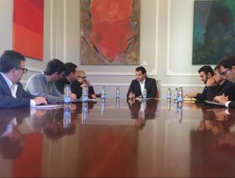 Sessió de treball entre les dues organitzacions a col·laborar. Foto:EL PUNT AVUI