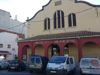 L'edifici del mercat municipal de Calella , ubicat a l'inici del carrer Sant Joan Foto:T.M