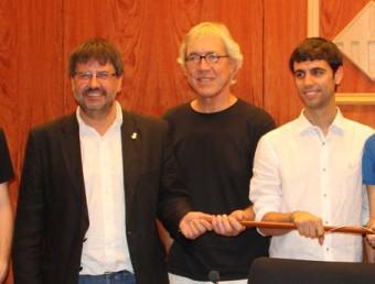 D'esquerra a dreta Casas (PSC), Puig (ICV) i Calvo (CUP) segellant el govern on ara s'hi podria afegir ERC Foto:ARXIU