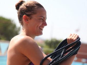 Mireia Belmonte, en una imatge d'arxiu, fent exercicis fora de l'aigua Foto:E.MAGRE