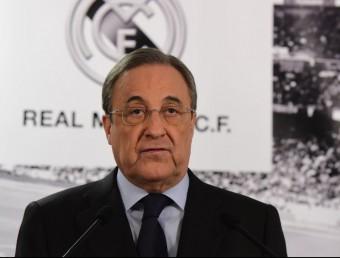 Florentino Pérez, en la seva compareixença per parlar de la crisi del Madrid Foto:AFP