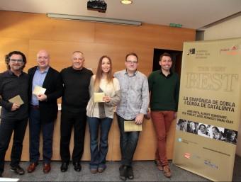 Els impulsors, directors i alguns dels solistes van presentar ahir el disc i el concert al mateix Auditori Foto:JOAN SABATER