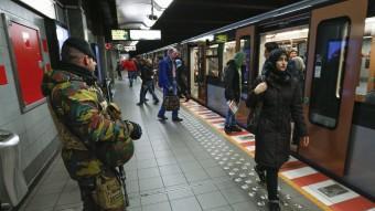 La policia, patrullant el metro de Brussel·les Foto:EFE