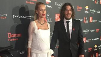 Vanesa Lorenzo amb Puyol en la gala de la Sida Foto:JORDAN