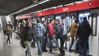 Usuaris del metro , en una imatge d'arxiu Foto:JOSEP LOSADA