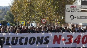 Manifestació a l'Arboç per exigir la gratuïtat de l'AP-7 Foto:JOSÉ CARLOS LEÓN