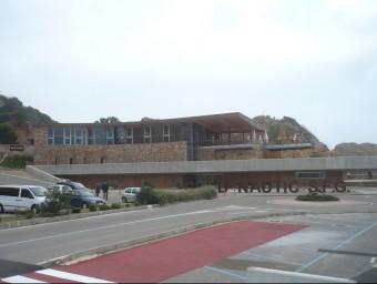 L'edifici del Club Nàutic de Sant Feliu de Guíxols, finalitzat l'any 2008 Foto:E.A