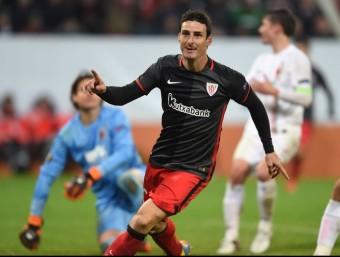 Aduriz celebra el gol del triomf Foto:AFP