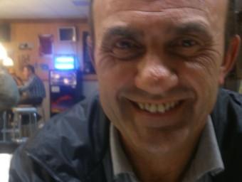 Antonio Borràs, durant l'entrevista, al cafè El Foment de Sant Martí de Maldà. Foto:E.P