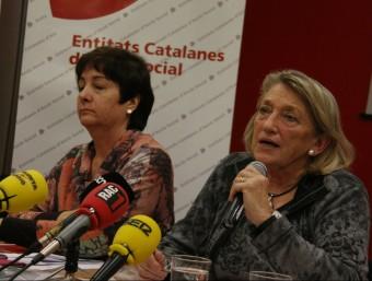Teresa Crespo, presidenta d'ECAS, amb Mercè Darnell, de Càritas Foto:ACN