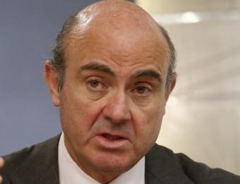 El ministre Luis de Guindos, ahir, durant la roda de premsa posterior al consell de ministres Foto:ÀNGEL DÍAZ / EFE