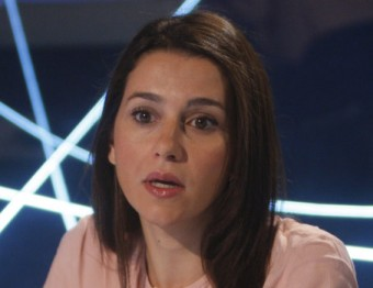 Inés Arrimadas, durant l'entrevista que ahir va fer el director d'El Punt Avui, Xevi Xirgo  Foto:oriol duran