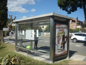 Una de les parades de bus d'Argentona per on hi passava la línia que unia aquest municipi amb Granollers. Foto:LL.A
