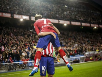 Griezmann celebrant el gol matiner ahir al Calderón Foto:EFE