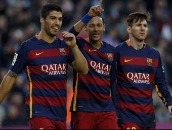 Suárez, Neymar i Messi celebren un dels quatre gols que van marcar dissabte Foto:REUTERS