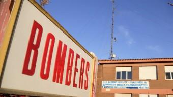 Interior traslladarà la sala d'emergències del Parc de Bombers a la seu de la delegació del govern Foto:MANEL LLADÓ