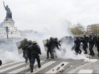 Aldarulls per no poder manifestar-se a París.  Foto:REUTER