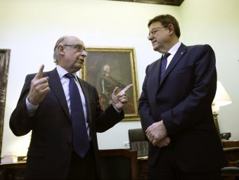 El president de la Generalitat amb el ministre d'Hisenda. Foto:AGÈNCIES