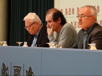 Cervera, al centre de la foto, amb Montiel i Gómez Mompart. Foto:EL PUNT AVUI