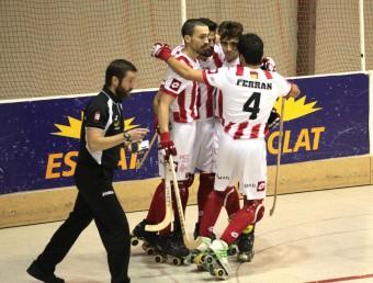 Els jugadors del Vic celebren un gol en la lliga Foto:J.F