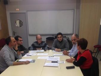 Representants d'Escola i Intersindical. Foto:EL PUNT AVUI