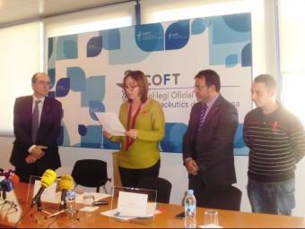 Manifest del Dia Mundial de la Sida , llegit per la tinent d'alcalde Begoña Floria Foto:INFOCAMP