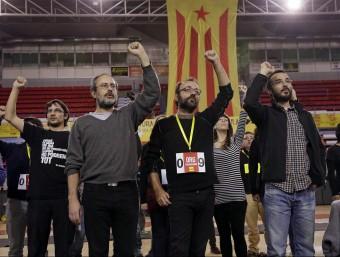 Antonio Baños, Benet Salellas i Albert Butran, durant l'assemblea del passat diumenge a Manresa Foto:EFE
