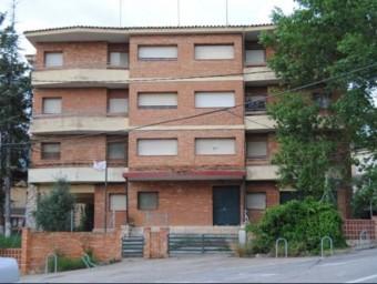 L'antiga caserna disposa de nou habitatges, repartits en tres plantes, i baixos d'oficines Foto:EPN