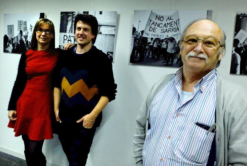 Imatge dels autors Glòria Sánchez i Miquel Oller amb Vicente, extreballador i sindicalista que va viure nombroses lluites i reivindicacions en els seus 40 anys a l'empresa.
