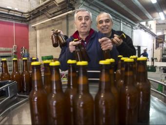 Pep Pérez i Ramon Ollé, socis fundadors de Cerveses la Gardènia.  Foto:JC LEÓN