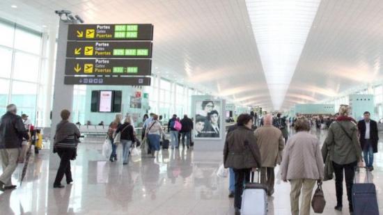 Els fets van tenir lloc ahir a l'aeroport del Prat Foto:J. FERNÁNDEZ