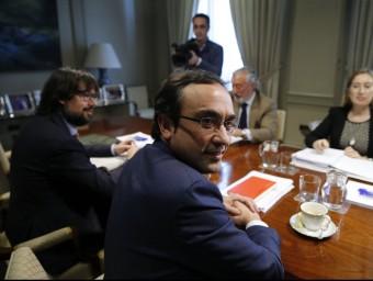 Josep Rull i Ana Pastor , ahir a Madrid just abans de començar la trobada Foto:MARISCAL / EFE