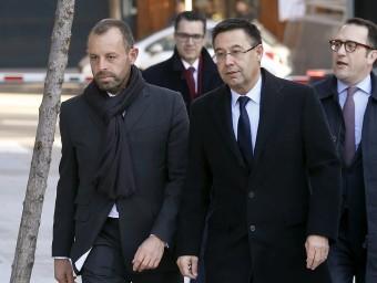 Sandro Rosell i Josep Maria Bartomeu arribant a l'Audiencia Nacional. Foto:REUTERS