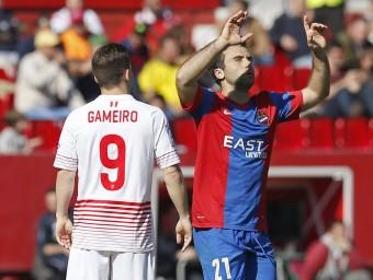 Rossi celebrant el seu últim gol contra el Sevilla Foto:EFE